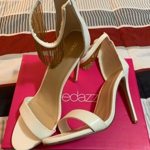 Adelyn - Size 11 - Brand New